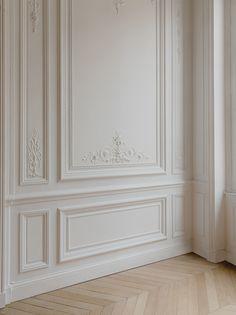 Home Room Design, Home Interior Design, Living Room Designs, Interior Decorating, House Design, Wall Panel Design, Wall Decor Design, Neoclassical Interior, Wall Molding