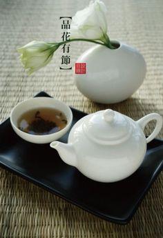 一杯浓茶,品味人生。