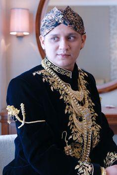 Pernikahan Adat Jawa Fala dan Ihsan di Jakarta