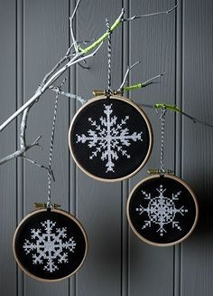 Thrilling Designing Your Own Cross Stitch Embroidery Patterns Ideas. Exhilarating Designing Your Own Cross Stitch Embroidery Patterns Ideas. Cross Stitch Christmas Ornaments, Xmas Cross Stitch, Christmas Embroidery, Modern Cross Stitch, Diy Embroidery, Cross Stitch Kits, Christmas Cross, Cross Stitching, Cross Stitch Embroidery
