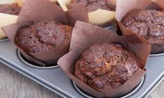 Healthy Chocolate Banana Muffins (sneakily turned into cupcakes! Chocolate Banana Muffins, Muffin Bread, Irish Recipes, Healthy Muffins, Cookie Desserts, Creative Cakes, Healthy Baking, Delicious Desserts, Food To Make