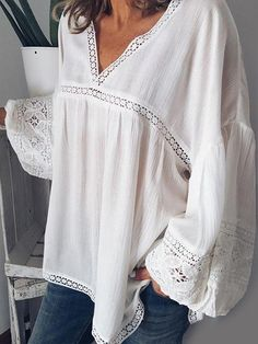 ZANZEA Lace Patchwork Hollow Long Sleeve Blouse For Women look not only special, but also they always show ladies' glamour perfectly and bring surprise. Burgundy Leggings, Burgundy Jeans, Floral Leggings, Black Leggings, Look 2018, Stylish Shirts, Lace Sleeves, Puff Sleeves, Feminine Fashion