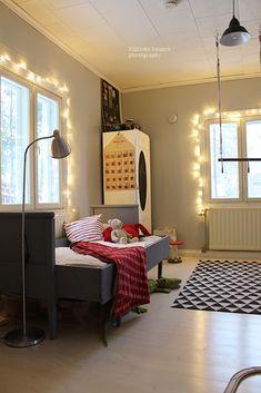 Mäkisen kauppa: Kohti joulun loppua... Home Decor, Furniture, Decor, Mirror