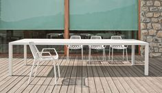 New Easy Bar Table by Fast | Architonic