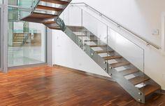 Edelstahl-Wangentreppen für ein puristisch elegantes Wohnumfeld