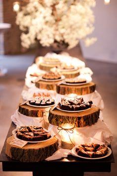 Dessert buffet for rustic wedding reception. Wedding Reception Food, Wedding Desserts, Our Wedding, Wedding Cakes, Dream Wedding, Chic Wedding, Wedding Rustic, Wedding Table, Hipster Wedding