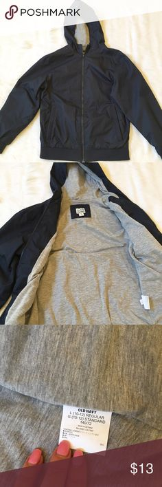 Boys Uniform Jacket This is a Boys lightweight uniform jacket in Navy Blue in EUC. My son never wore it, he likes sweatshirts only The outer shell is a windbreaker type material and the inner lining is a soft cotton. ⚜Reasonable offers only please⚜ Old Navy Jackets & Coats