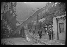 Miners starting home after work. Caples, West Virginia, 1938. Library of Congress.