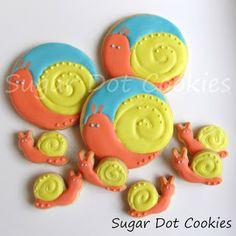 Sugar Dot Cookies: Snail Sugar Cookies with Royal Icing