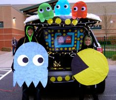 Kid Friendly Trunk or Treat Ideas for Cars, SUVs, Vans and Trucks Pac-man Game for the Gamer. The Best Halloween Trunk or Treat Ideas Theme trucks cars suvs and vans. Easy church Halloween ideas including games and popular Halloween themes Halloween Car Decorations, Halloween Themes, Yard Decorations, Trunk Or Treat, Trunker Treat Ideas, Soirée Halloween, Outdoor Halloween, Halloween Costumes, Mardi Gras