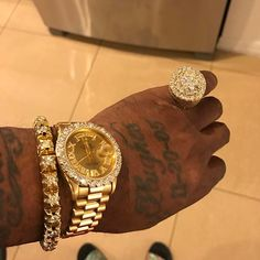 Branded & Luxury Watches For Men Mens Diamond Jewelry, Gold Diamond Watches, Pinterest Jewelry, Gold Chains For Men, Luxury Watches For Men, Simple Jewelry, Crystal Bracelets, Luxury Jewelry, Rolex