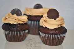 Reeses Peanut Butter Cup Minis Cupcakes