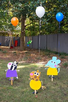 Decoración con las figuras de los personajes de Peppa Pig. #FiestaPeppa