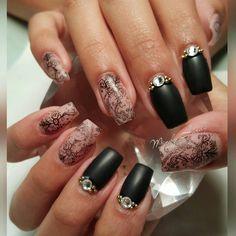 "Mindy Hardy Nails on Instagram: ""@diamondsmiles_ Got #nailed @merakibeautystudio Black gel Polish in matte effect with stamping by #moyoulondon Available @skylinebeautysupply #hotnailart #mindyhardy #orlandonails #nailart"""