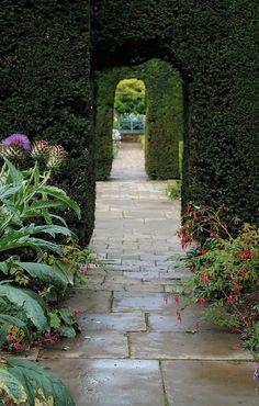 Hidcote Manor Garden by Mark Wordy, via Flickr