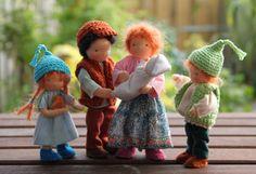 Kurvenreich Puppenhaus Puppe Waldorf Stil 45  von ElineDolls