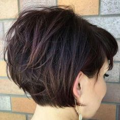 hair 2019 Tousled Short Bob With Bangs, grown out pixie Layered Haircuts For Women, Stacked Bob Hairstyles, Short Hairstyles For Thick Hair, Haircut For Thick Hair, Curly Hair Styles, Bob Haircuts, Medium Hairstyles, Haircut Short, Hairstyles Haircuts