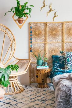 20 Artistic And Beautiful Boho Wall Art Ideas Home Design Decor 20 Dreamy Boho Room Decor Id. Bohemian Bedrooms, Bohemian Headboard, Boho Bedroom Decor, Boho Room, Boho Living Room, Bohemian Interior, Bohemian Decor, Home Bedroom, Bedroom Ideas