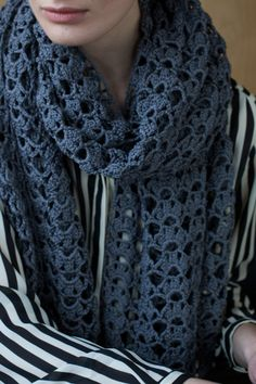 Stola - crocheted lace scarf FREE crochet pattern in German (hva)