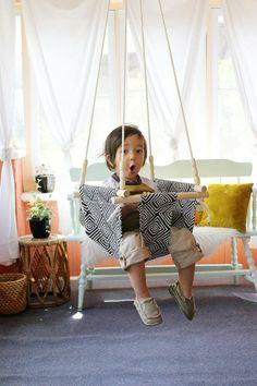 Une balançoire dans le salon? Elle peut être un meuble moderne, idéal pour la salle de séjour ou pour vos chambres à coucher. C'est chic et c'est bien stylé