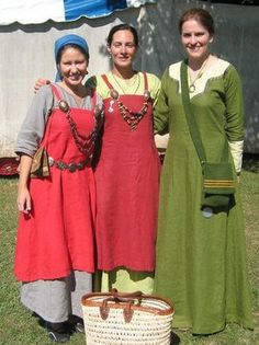 Dressing for Hot Weather in SCA garb