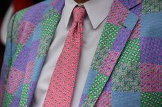 Spring is around the corner and that means the Kentucky Derby is near! What should men wear to the Derby? Kentucky Derby Suits, Kentucky Derby Fashion, Churchill Downs, Derby Party, Men Wear, Suit And Tie, Corner, Spring, How To Wear