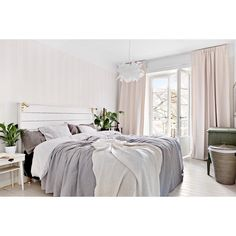 """Dreaming of light filled bedrooms // Image via @alvhemmakleri  @maklarhusetinnerstan"""
