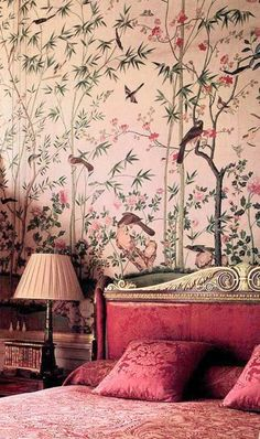 爱 Chinoiserie? 爱 home decor in chinoiserie style - pink bedroom Decor, Wallpaper Bedroom, Pink Room, Interior, Interior Inspiration, Decor Design, Chinoiserie, Home Decor, Bedroom Decor