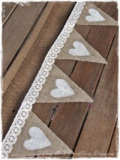 Lovely single sided fabric bunting for any Wedding, Garden Party ,Fete. Lace Cream, Ivory or White, Hessian Bunting. Burlap Hessian Calico Heavier weights but still idea for bunting. Hessian Wedding, Wedding Bunting, Rustic Wedding, Wedding Decorations, Wedding Country, Wedding Centerpieces, Lace Wedding, Wedding Dresses, Shabby Vintage