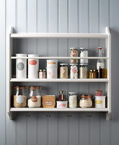 Homes Organisation: Homes Organsiation Feature: Kitchen shelf – food in labelled jars