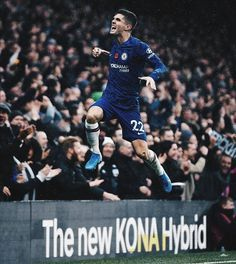 "2,955 Me gusta, 4 comentarios - Ballin FC (@ballinfc) en Instagram: ""Pulisic on the score sheet again! // Getty Sport 📸"" Chelsea Wallpapers, Chelsea Fc Wallpaper, Christian Pulisic, Soccer News, Chelsea Football, Football Wallpaper, Soccer World, Iphone Background Wallpaper, Scores"
