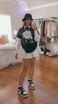 Indie Outfits, Teen Fashion Outfits, Edgy Outfits, Retro Outfits, Cute Casual Outfits, Vintage Outfits, Girl Outfits, Tomboy Fashion, Look Fashion