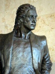 John Lennon Statue, liverpool john lennon airport, the beatles, beatles tours in liverpool