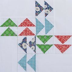 A Quilting Life: Modern Blocks / Follow the Leader block -- I love this block!!!
