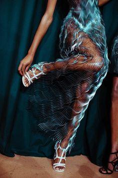 "Natasha Poly midnight-charm: ""Photography by Lillie Eiger at Iris van Herpen Haute Couture Fall / Winter 2017 "" Fashion Art, Runway Fashion, High Fashion, Fashion Show, Fashion Outfits, Womens Fashion, Fashion Trends, Aw17 Fashion, Fashion Jewelry"