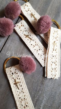 Χειροποίητα μαρτυρικά βάπτισης μπρελόκ vintage by valentina-christina καλέστε 2105157506 Bussines Ideas, Craft Business, Communion, Christening, Bookmarks, Baby Shower, Jewels, Tassel, Crafts