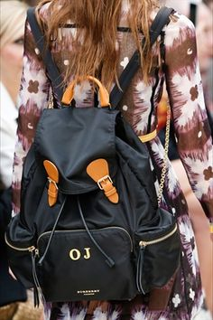 Sfilate di Londra: le borse più belle - VanityFair.it
