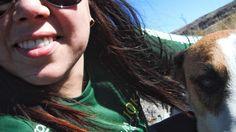 Fazendo amizade na trilha.  Argentina (2012). #viagenspararecordar #umlugarparavoltar #antesdopatriciaviaja #primeiraviagem #namorados #argentina #cordoba #cordova #aventura #trilha #trekking #quebradadelcondorito #condorito #condor #natureza #caminhada #dog #cachorro