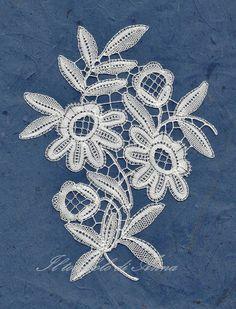 Anna's lace. modern duchesse Bobbin Lacemaking, Bobbin Lace Patterns, Victorian Lace, Lace Heart, Point Lace, Lace Jewelry, Needle Lace, Lace Collar, Lace Making
