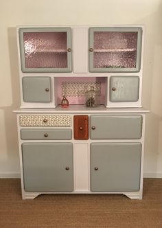 Buffet Mado Laurette Buffet Mado Laurette - Rustic Style Furniture Projects - The Dallas Media Rustic Furniture, Vintage Furniture, Painted Furniture, Diy Furniture, Furniture Design, Types Of Furniture, Furniture Projects, Vintage Room, Vintage Kitchen