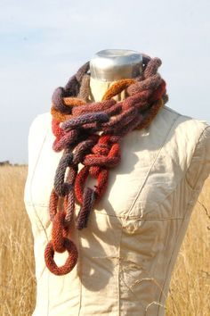 Chain link knitted scarf