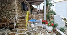 Koutsounari Traditional Cottages Ierapetra Crete - A Pinch of Soul and Style Crete, Cottages, Facts, Patio, Magazine, Traditional, Outdoor Decor, Home Decor, Style