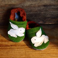Bunny Rabbit Soft Soled Leather Shoes Baby by starryknightdesign, $23.50 Soooo cute!