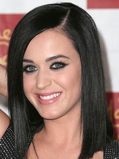 Famous Singer And Songwriter Katy Perry with her Black-Cleopatra Hairdo.