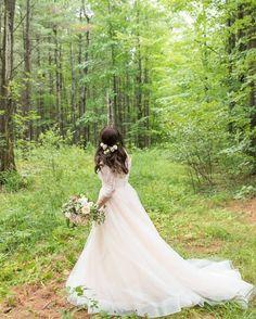 Tara Keely 2358| real wedding| country wedding| real bride