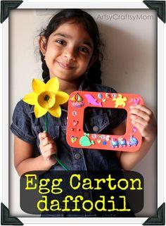 Artsy Craftsy Mom: DIY photo frame & egg carton daffodils - Craft Class 8