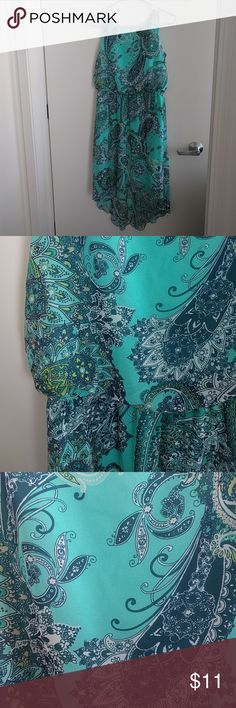 Hi-lo hemmed bluish green dress with print Gorgeous sleeveless hi-lo hem dress   Color is a touch brighter IRL (hard to capture such a beautiful color!)  Size: 6  Condition: excellent, worn once or twice Dresses High Low