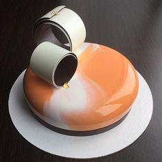 #муссовыйторт #moussecake #dessert #dessertartisan #pastry #pastryart #dessertartisan #тортназаказюжносахалинск #pastryinspiration #pastry_inspiration #cakedesign #instacake #cakedesigner