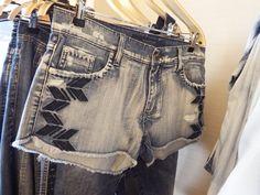 http://www.guiajeanswear.com.br/imagens/banco/6866_damyller-(5).png