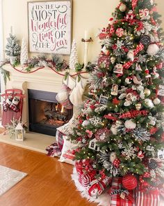 christmas tree inspiration awesome 51 Fascinating Christmas Tree Ideas For Living Room